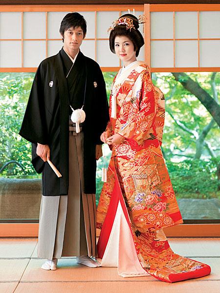 Những bộ trang phục truyền thống đẹp nhất thế giới