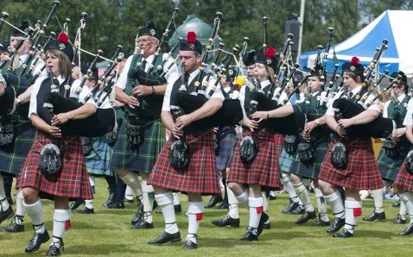 Kilt là trang phục truyền thống của vương quốc Anh