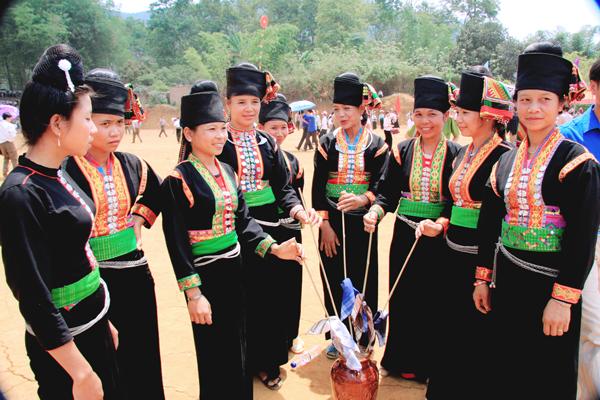 Cộng đồng dân tộc Khơ Mú