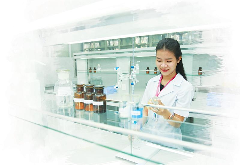 Học Cao đẳng Dược ra làm gì? Nên học ngành Dược ở đâu?